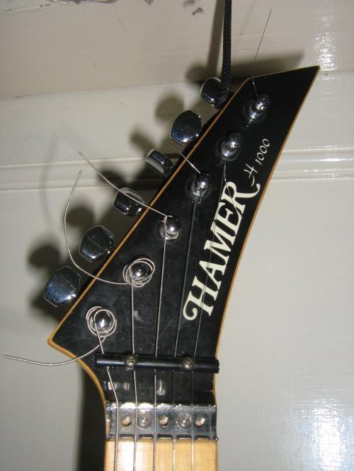 vendo-guitarra-electrica-hamer-h-1000_35