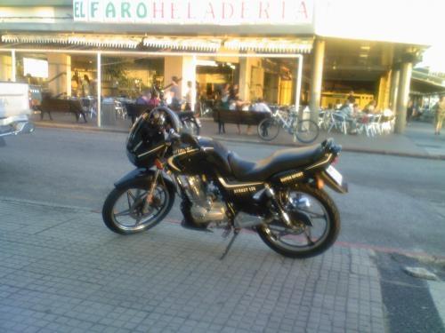 Fotos de Vendo moto winner street 125cc 1