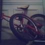 vendo bicicleta descuartizada  precio a $180 bmx para algún niño