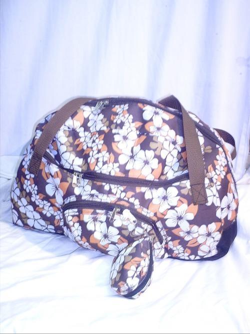 Fotos de Carteras, bolsos bebe, mochilas, materas, billeteras 3