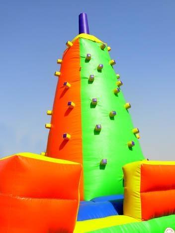 Castillos inflables piramide