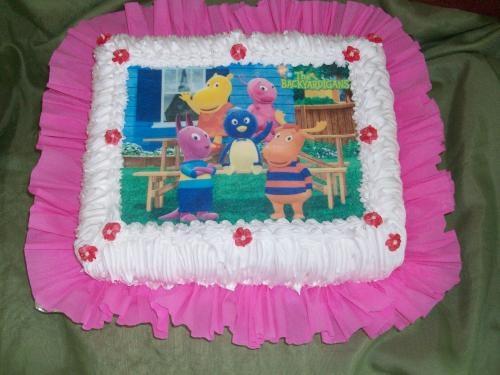 Se preparan tortas y postres, cumpleaños, bautismo, fiestas