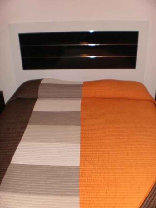 Fotos de Vendo juego de dormitorio y placar 1