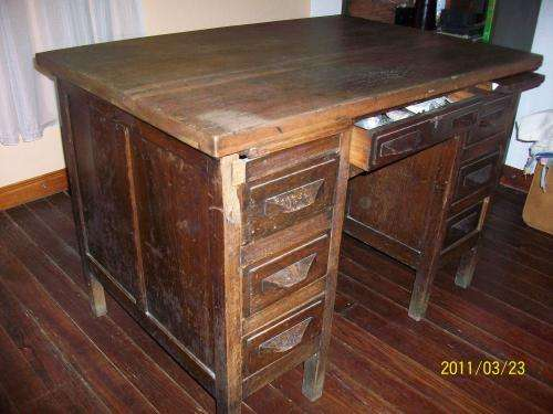 Comprar Muebles Viejos Para Restaurar. Fotos De Escritorio Antiguo ...