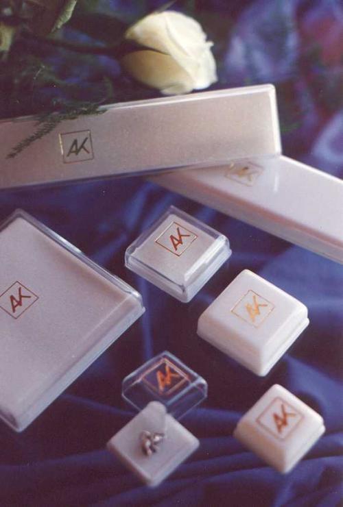Fábrica de estuches plasticos para joyeria y relojeria
