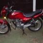 moto honda storm 125 ,tiene 2500 km  es de abril del 2008 todo al dia