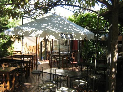 Fotos de Pocitos hermoso lugar vendo casa alq. a rubro gastronomico 3
