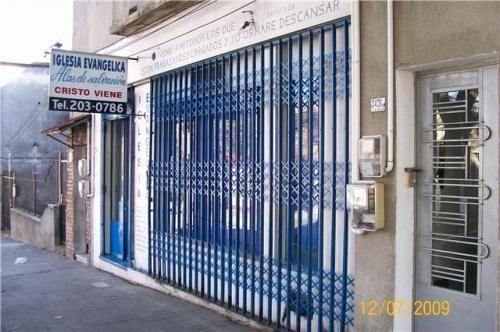 Dueño vende local zona brazo oriental