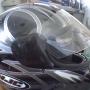 Casco >HJC negro con vivos plateados talle L