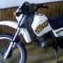 NECESITO AUTO Y DOY MOTO MARCA HONDA XLR 125 COMO PARTE DEL PAGO