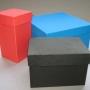 cajas de cartón y estuches forradas a medida.