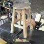 TABURETES  de madera / vendo.