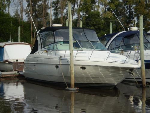 Cruiser 35,5 pies, dos motores 7,4 lts, en excelente estado vendo