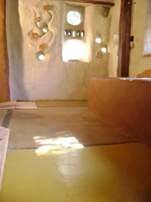 Construcción De Casas De Barromadera Y Piedras En Minas