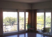 Vendo apartamento en Atlántida, piso alto, excelente vista.