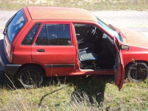 Vendo auto ford festiva 1995