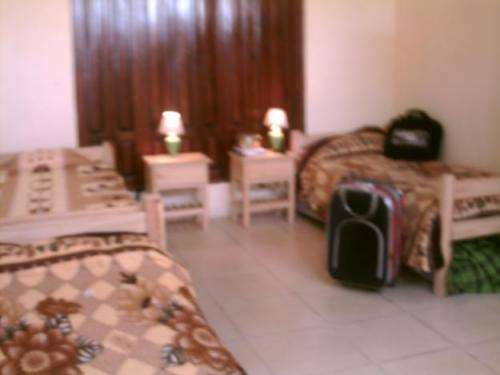 Residencia estudiantil cerca tres cruces y hosp. clinicas