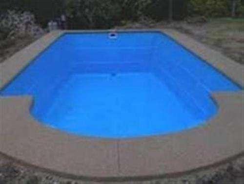 Reparación y mantenimiento de piscinas en fibra de vidrio