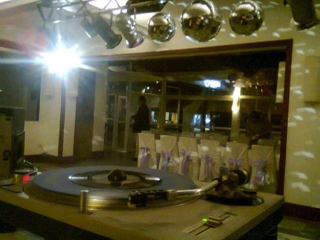 Discoteca audio luces disc jockey paratu fiesta o evento