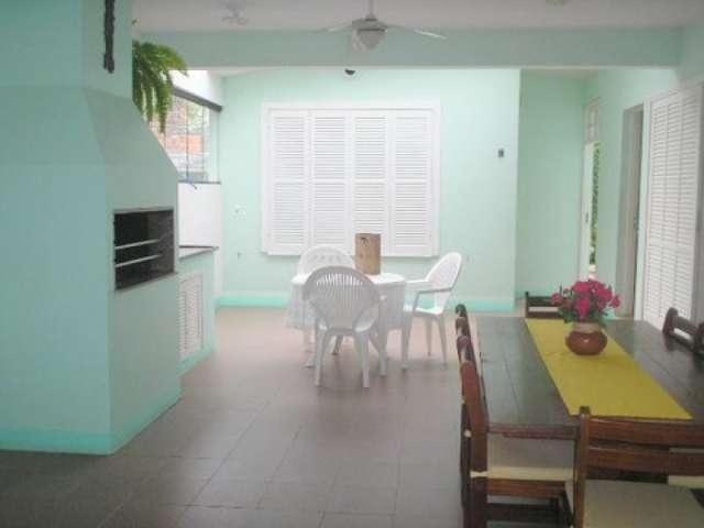 Oferta!!! en florianopolis, preciosa casa para 9 personas a una cuadra del mar disponible