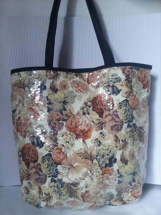 Carteras y bolsos importados eco cuero