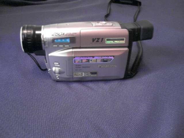 Camara de video vhs panasonic modelo nv-rz3pn/pna