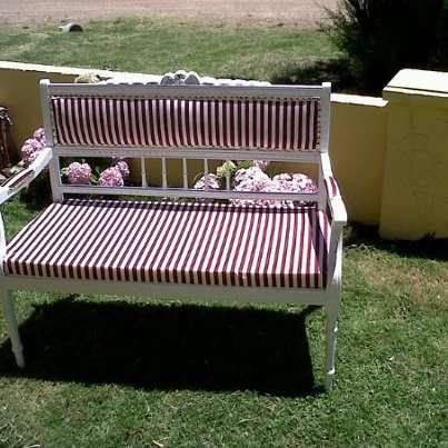 Vendo hermoso sillon antiguo restaurado a nuevo