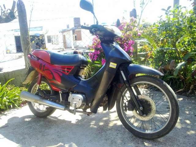 Yumbo max 110cc año 2006 al dia unico dueño u$s 500