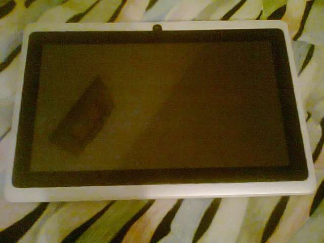 """Vendo tablet android 4. 7"""""""