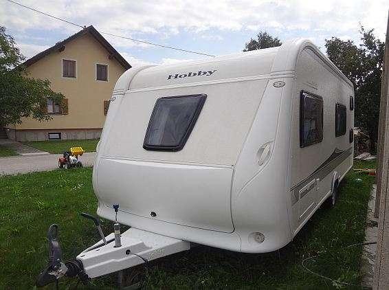 Caravana hobby de luxe,