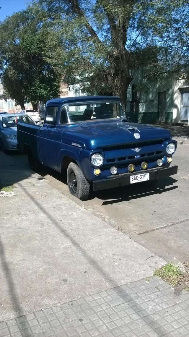 Camioneta ford f 100 impecable