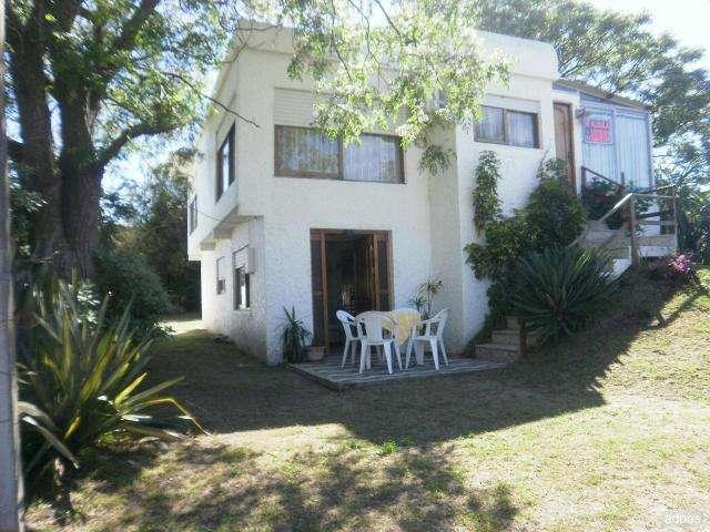 Fotos de Alquilo casa pta alta frente al devoto a 4 y 1/2 de playa 6
