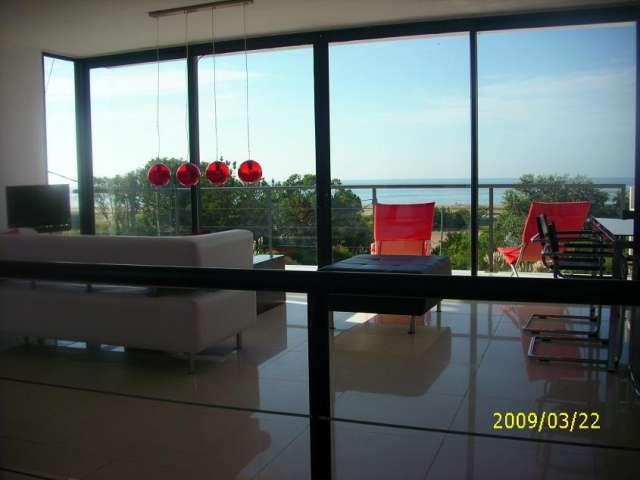 Hermosa residencia con piscina, vista al mar desde todos los ambientes