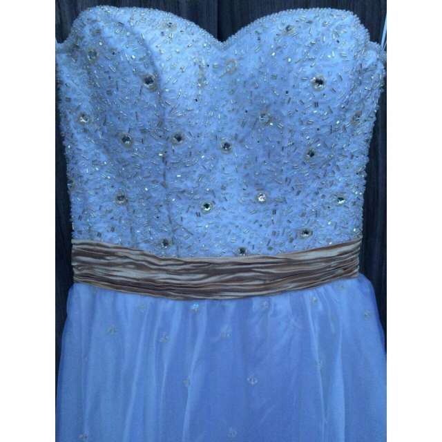 Alquiler de vestidos de fiestas en uruguay
