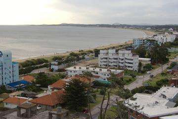 Alquiler anual zona mansa frente al mar