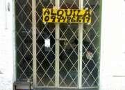 Se alquila local comercial en Pocitos