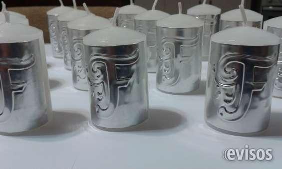 Velas con inicial en aluminio