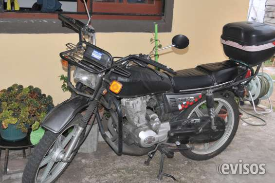 Vendo moto boatian cg 125 unico dueño