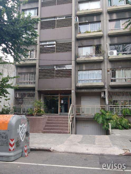 Frente del apto, tercer piso a la izquierda