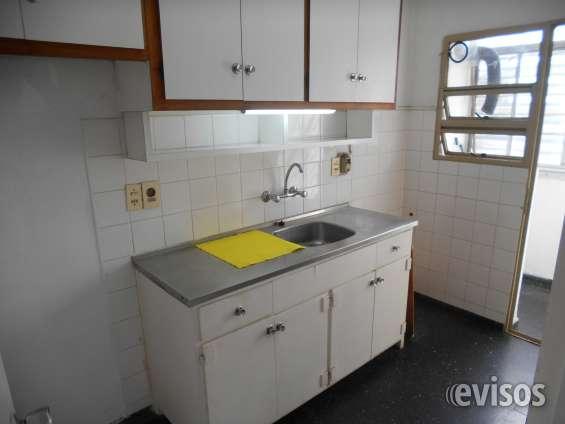 Cocina con balcón lavadero