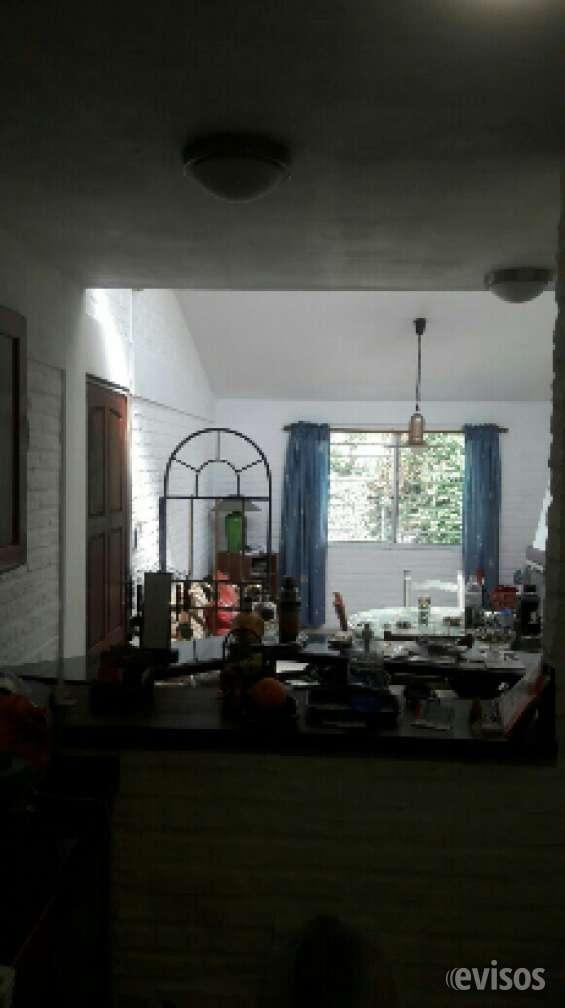 Fotos de Vendo casa ph impecable solymar sur 3