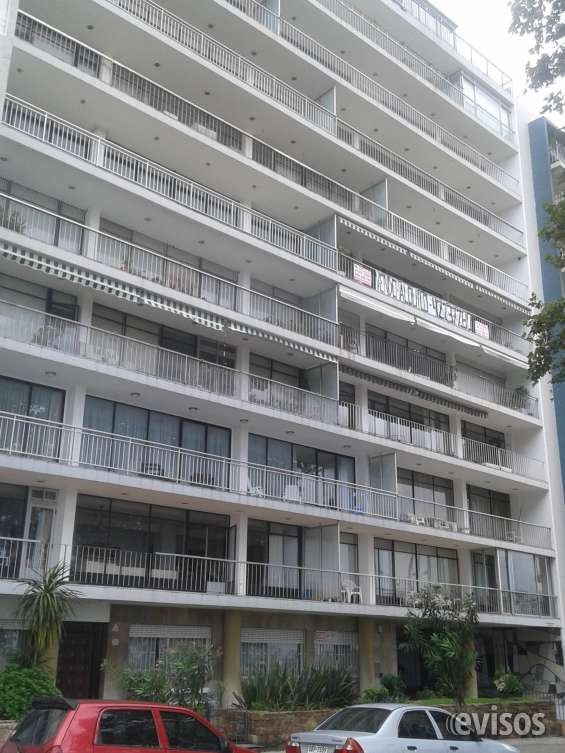 Vista frente del edificio guanabara