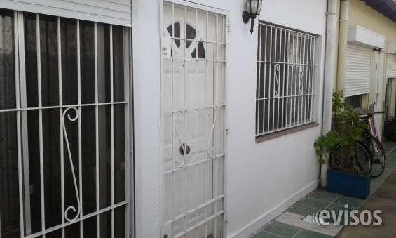 Dueño vende apartamento de 2 dormitorios a 70 mts de playa (atlantida-canelones)
