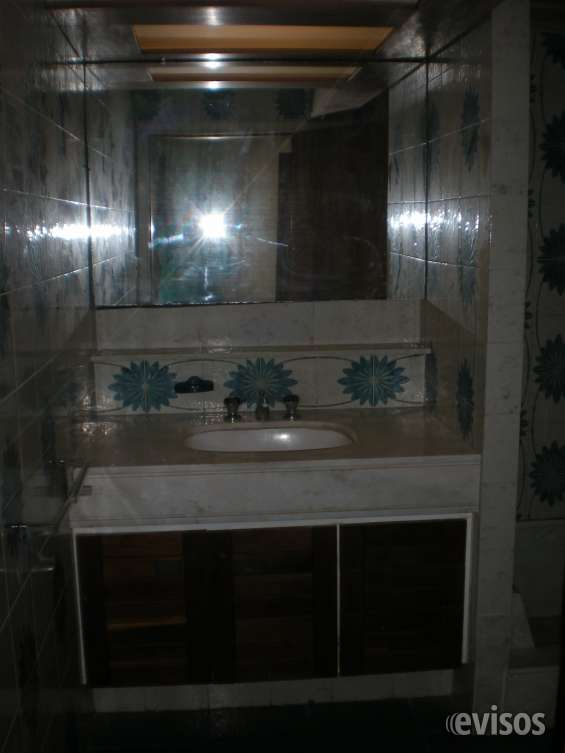 Amplio baño principal