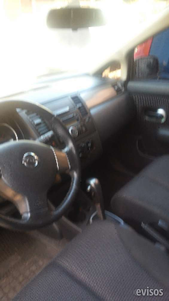Nissan march y tiidas(2),1 versa 5 frontier,1 renault scenic,1 peugeot 107, 1 ford ranger