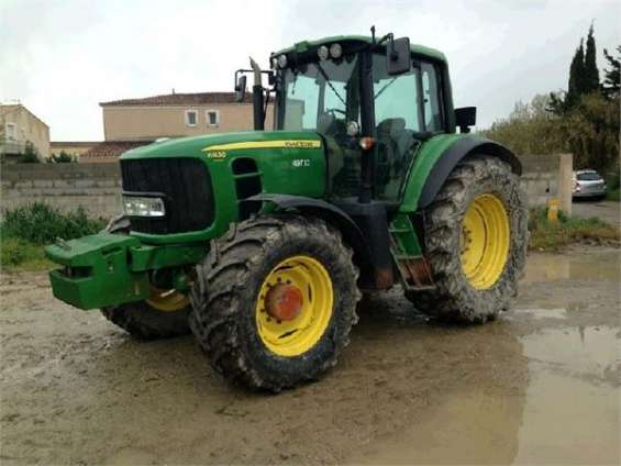 Donación de un tractor john deere 6930 premium