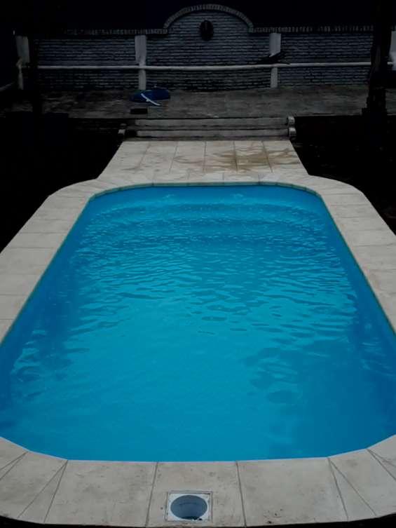 Escobar piscina modelo standar