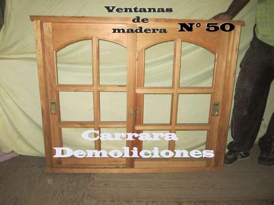 Ventana de madera  tel: 22035217 carrara demoliciones