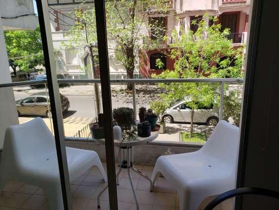 Fotos de Apartamento con patio, frente a plaza gomensoro, a 100 metros de la rambla. 13