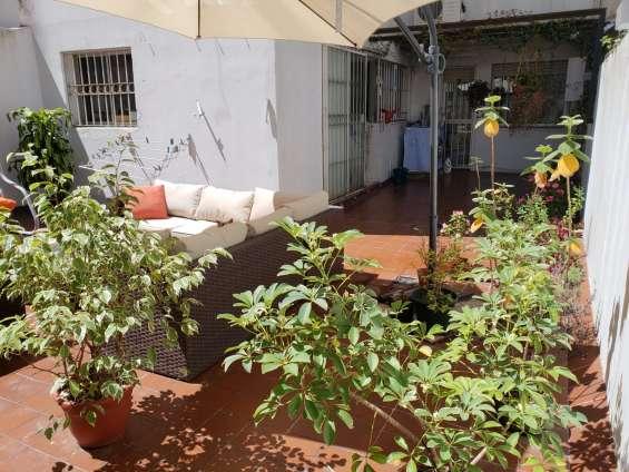 Fotos de Apartamento con patio, frente a plaza gomensoro, a 100 metros de la rambla. 9